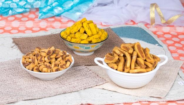 Bhakarwadi food Premium Photo