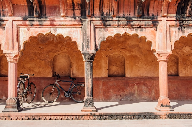 Bicycle parking at indian building in islamic style Free Photo