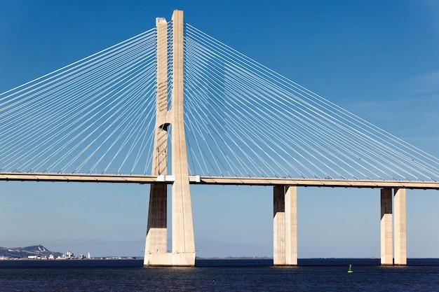 Il grande ponte vasco da gama a lisbona, portogallo Foto Gratuite
