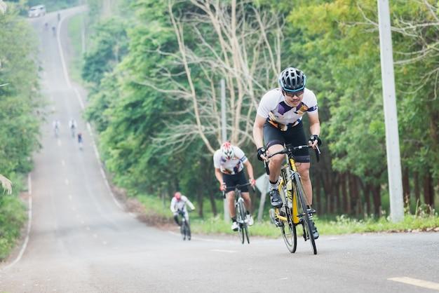 Bike challenge in chiangrai, thailand. Premium Photo