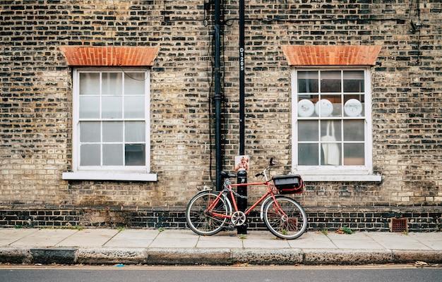 Bike on the england street Premium Photo
