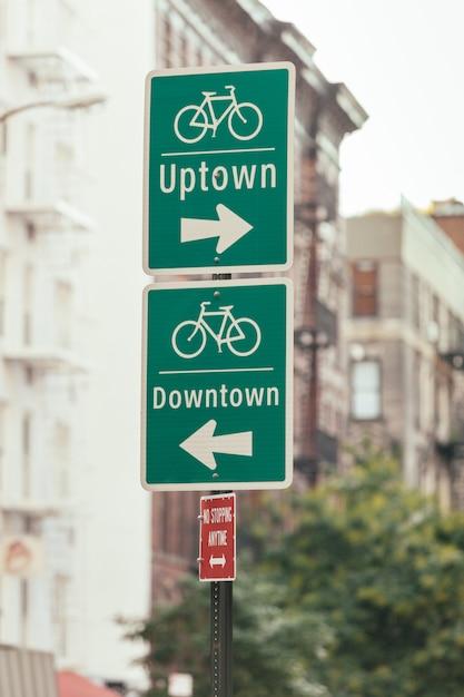 Bike signs in new york Premium Photo