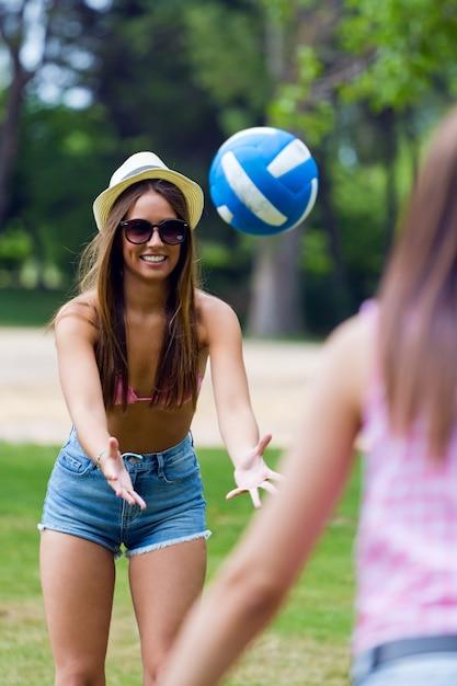 Bikini picnic friends up celebrate Photo