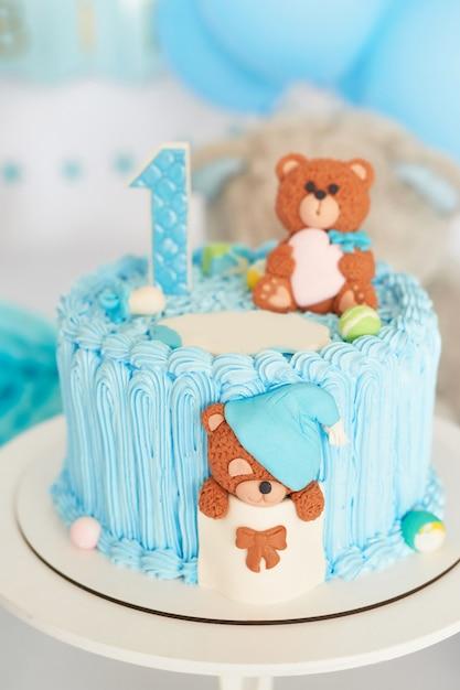 Birthday 1 year cake smash decor blue color | Premium Photo