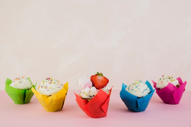 Birthday cupcakes and copyspace on top Free Photo