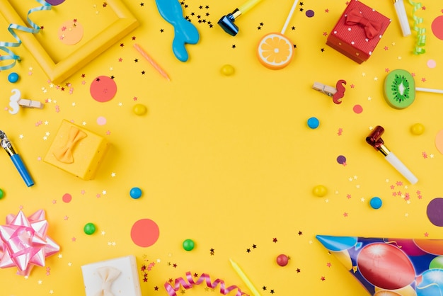 Birthday party objects frame top view Free Photo