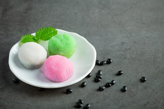 Black bean sweet dessert dish Free Photo