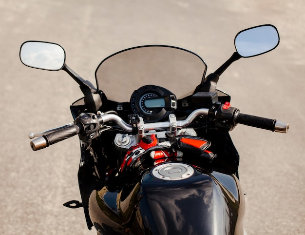 Black bike front part with gas tank Free Photo