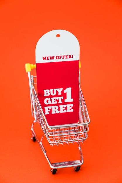 Black friday decoration with banner in cart Free Photo