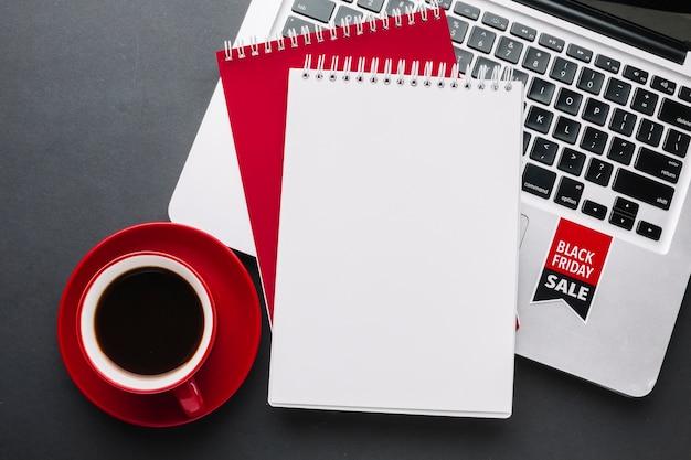 Black friday notebook mock-up Free Photo