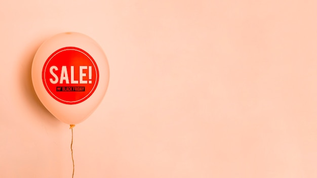 Black friday sale balloon with copy space Free Photo