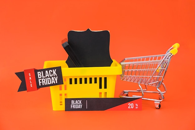 Black friday sales concept with basket Free Photo