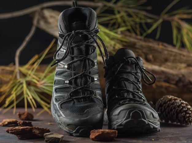 Black hiking boots Premium Photo