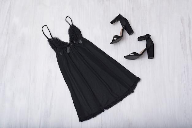 Black nightie and shoes Premium Photo