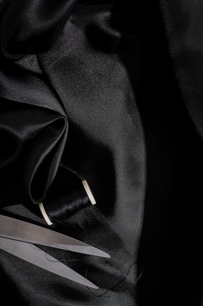黒のシルク生地の背景テクスチャ 無料写真