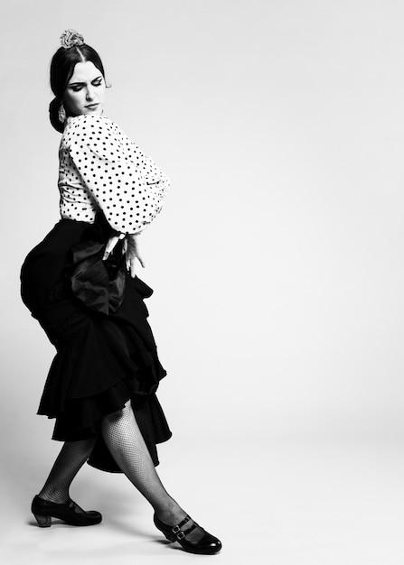 Black and white flamenco dancer posing Free Photo