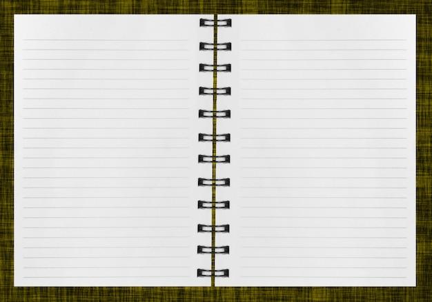 空白の背景。白で隔離の紙スパイラルノート Premium写真