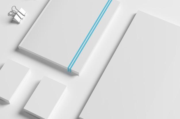 白で隔離される空白のid文房具セット。 無料写真