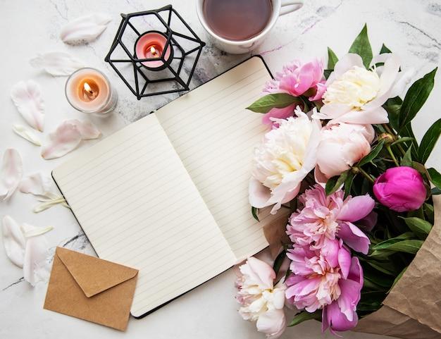 Blogger or freelancer workspace Premium Photo
