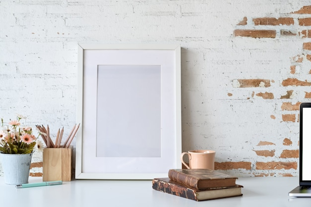 Bloggers workspace poster frame mockup with copy space Premium Photo