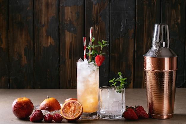 Blood orange cocktail Premium Photo