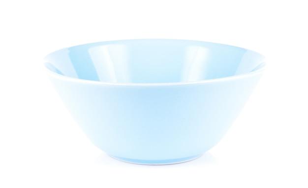 Синяя чаша на белом фоне Premium Фотографии