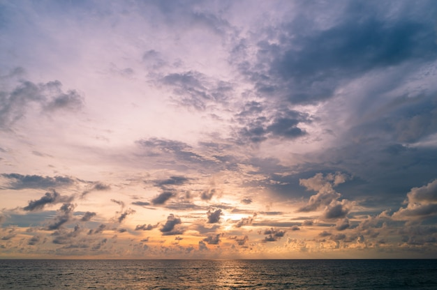 Blue sky with tiny clouds background over the sea in thailand. Premium Photo