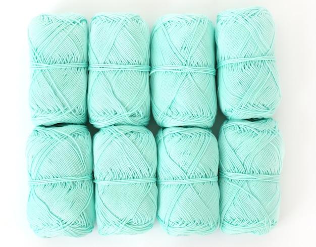 Синие нитки на столе Бесплатные Фотографии