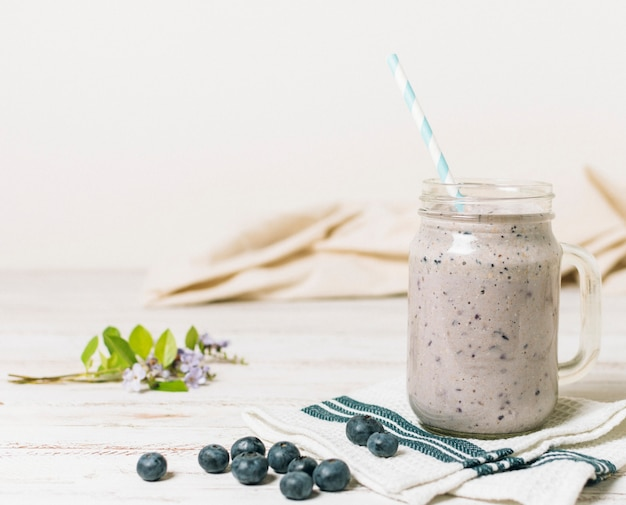 Blueberries smoothie with whitebackground Free Photo