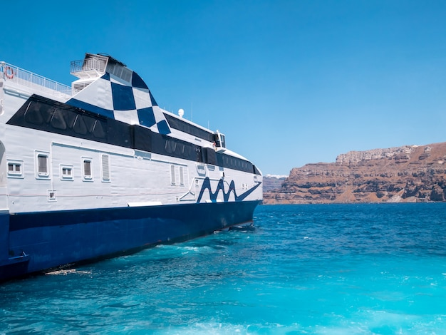 Boat riding at aegean sea, greece. Premium Photo
