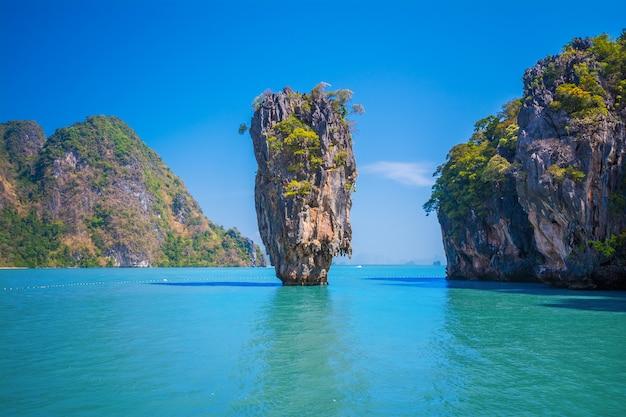 Bond island, thailand Premium Photo