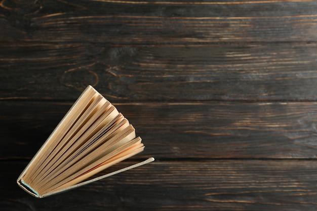 木製の背景、トップビューで予約します。自己啓発 Premium写真