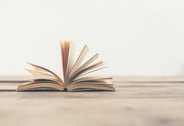Book turning pages Free Photo