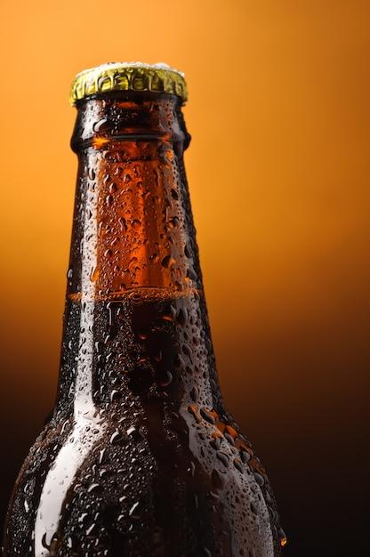 Бутылка пива Premium Фотографии