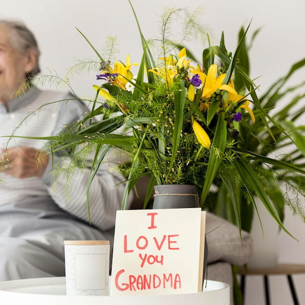Bouquet of flowers for grandmothers anniversary Premium Photo