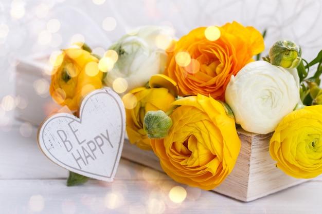 Bouquet of yellow ranunculus Premium Photo