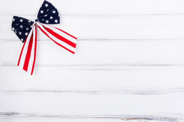 Bow with pattern of stars and stripes Free Photo
