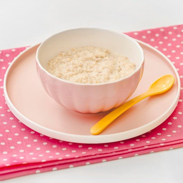 Чаша с йогуртом для ребенка Бесплатные Фотографии