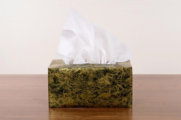 Box of tissues Free Photo