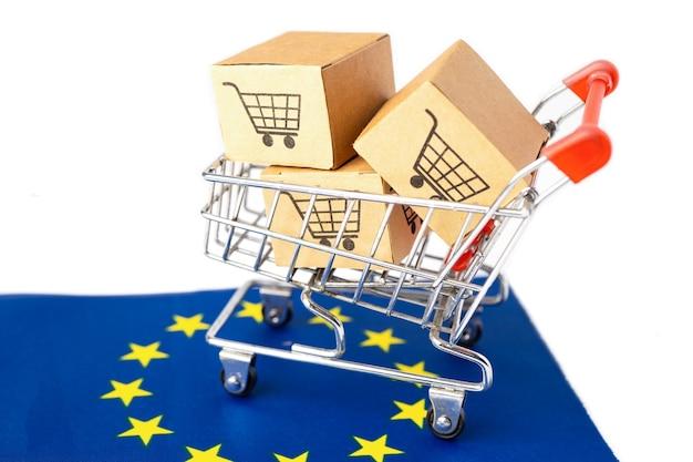 ショッピングカートのロゴとユーロフラグ付きボックス Premium写真