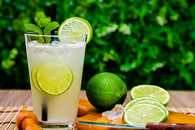 Brazilian traditional refreshing caipirinha Premium Photo