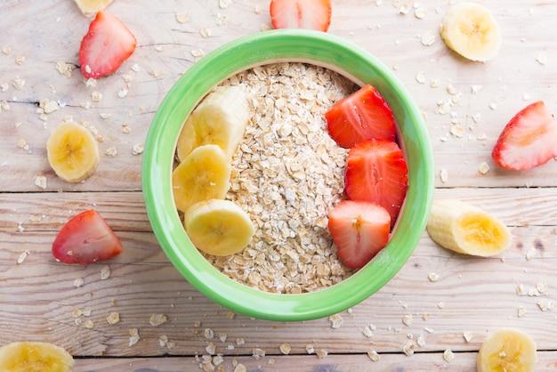 Breakfast (oast, strawberry, banana and vegetal milk) Premium Photo