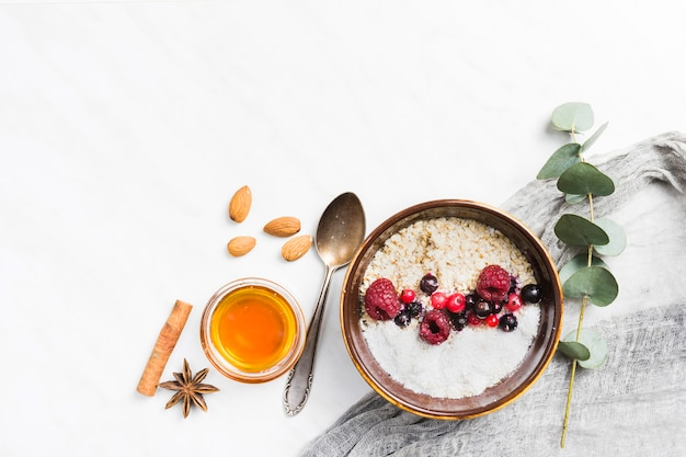 Breakfast with cereals and fruits Free Photo