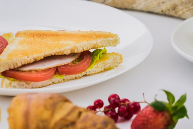 Breakfast with vegetable sandwich Free Photo