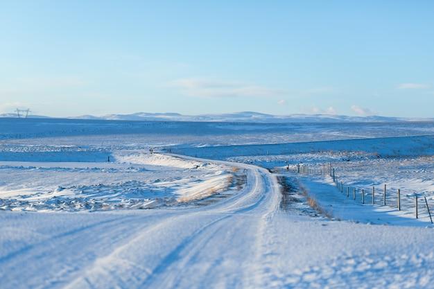 アイスランドの息をのむような冬の風景 Premium写真