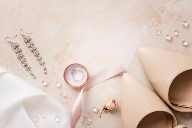 Аксессуары и обувь для невест Premium Фотографии