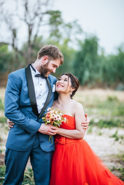 Bride and groom have romance time and happy together Free Photo