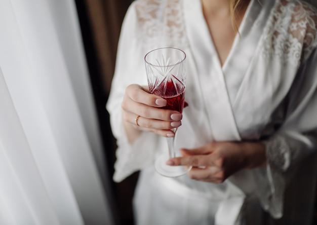 Утренняя подготовка невесты к большому дню Бесплатные Фотографии