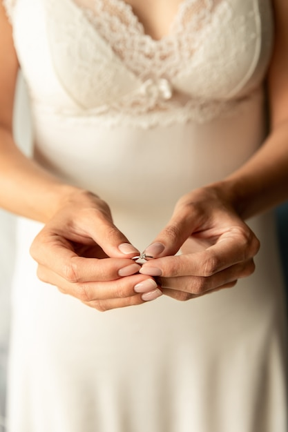 Premium Photo | Bride with engagement ring at wedding day. marrige concept