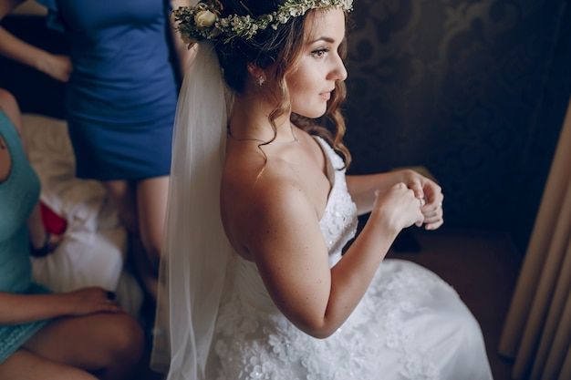 Bride with flower crown Free Photo